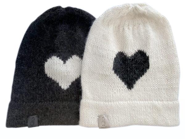 czapka z sercem